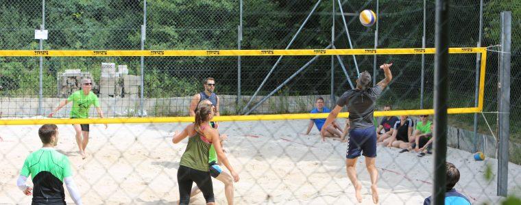 3. Nacht-Beachturnier der Volleyballabteilung des SV Theilheim